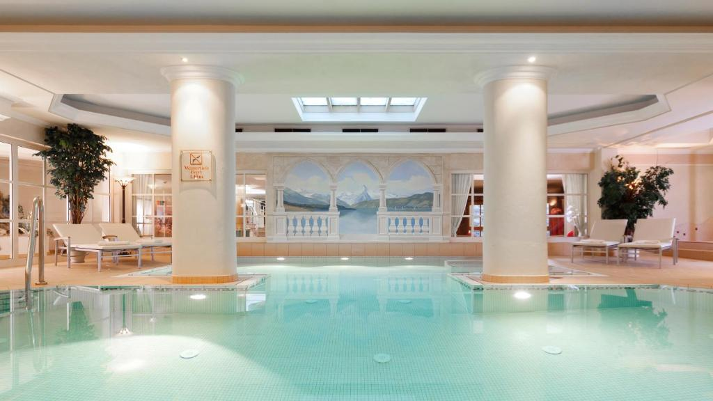 المسبح في فندق سوبيريور تيروليرهوف - زيل أم سي أو بالجوار