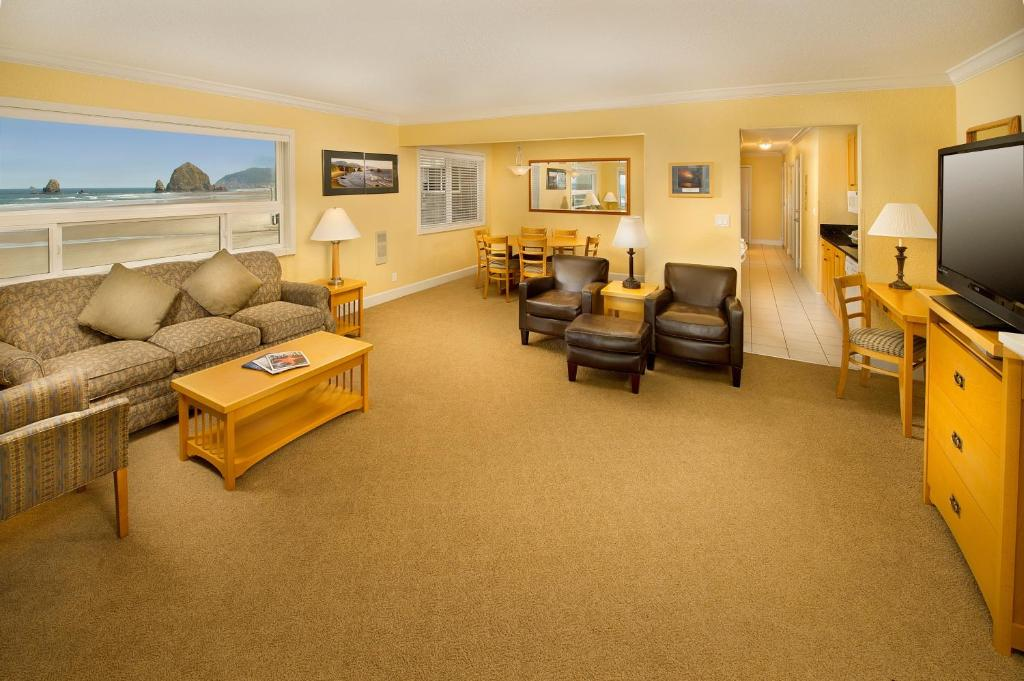 Tolovana Inn, Cannon Beach, OR