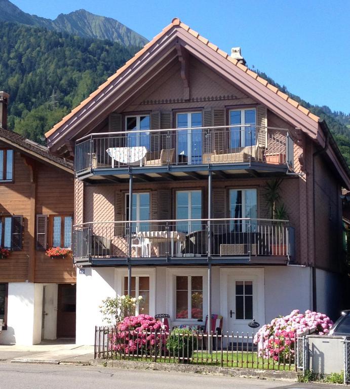 Haus Am See Ferienwohnung In Woltersdorf Mieten: Ferienwohnung Haus Am See (Schweiz Därligen)