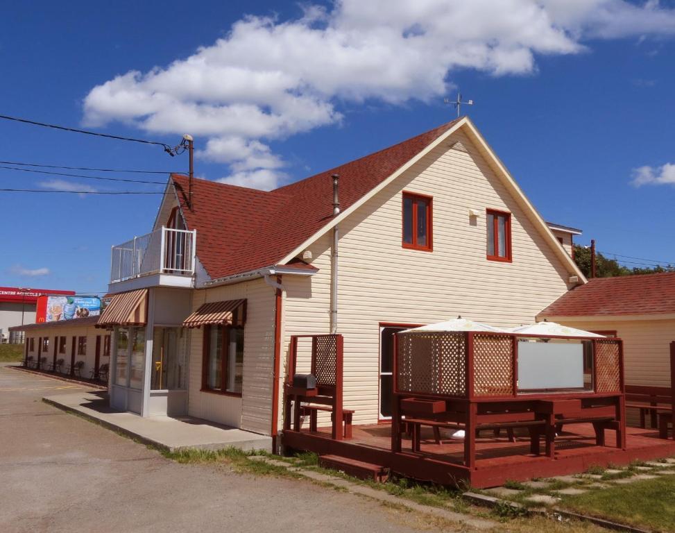 Motel au Soleil Couchant