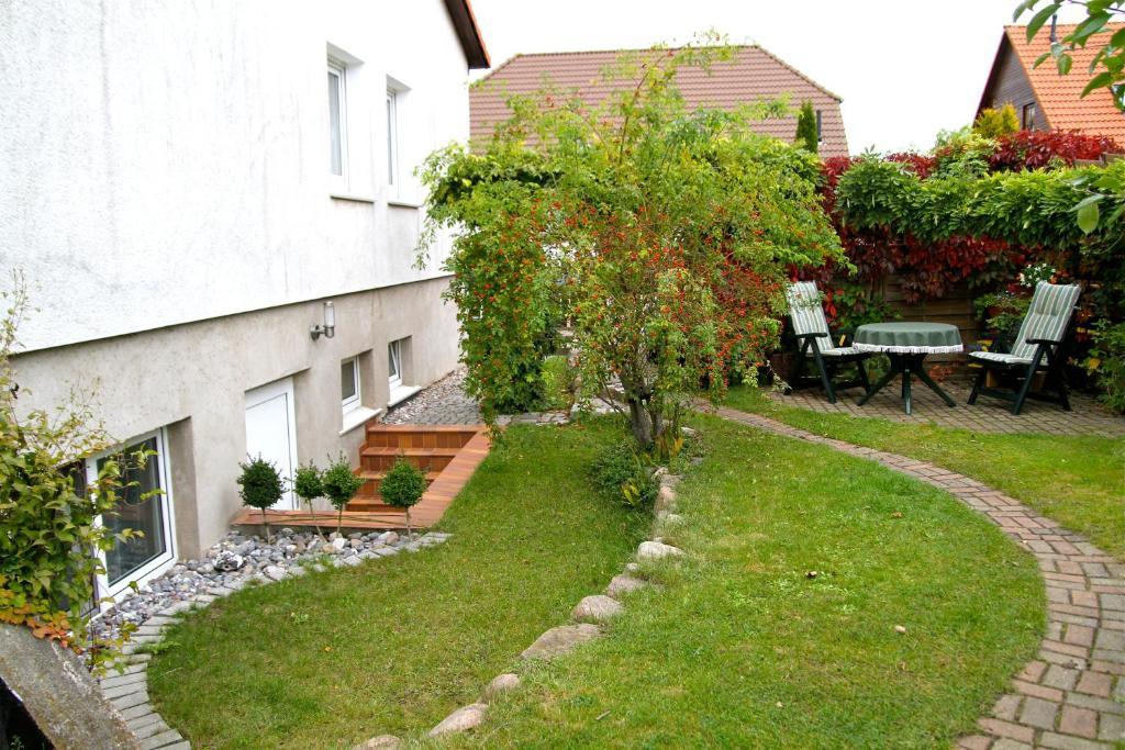 Elegant Souterrain Fenster   An Ideabook By Biermann Garten Und Landschaftsbau
