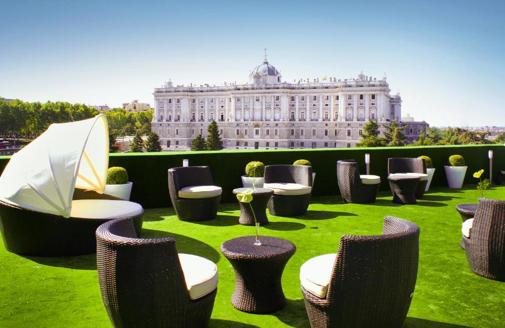 Appart 39 h tel suites jardines sabatini espagne madrid for Appart hotel a madrid