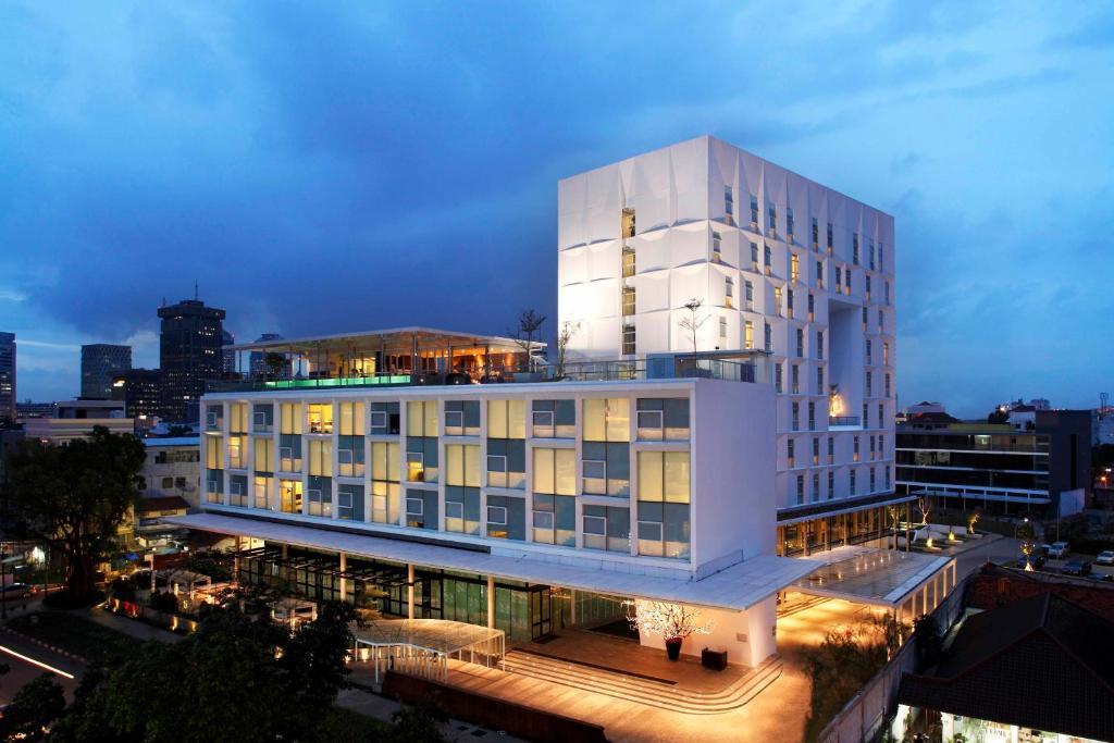 Morrissey hotel residences jakarta indonesia for Design hotel jakarta