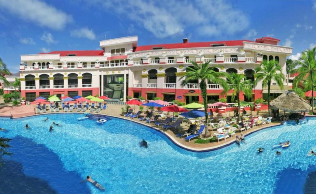 A piscina localizada em Aseania Resort Langkawi ou nos arredores