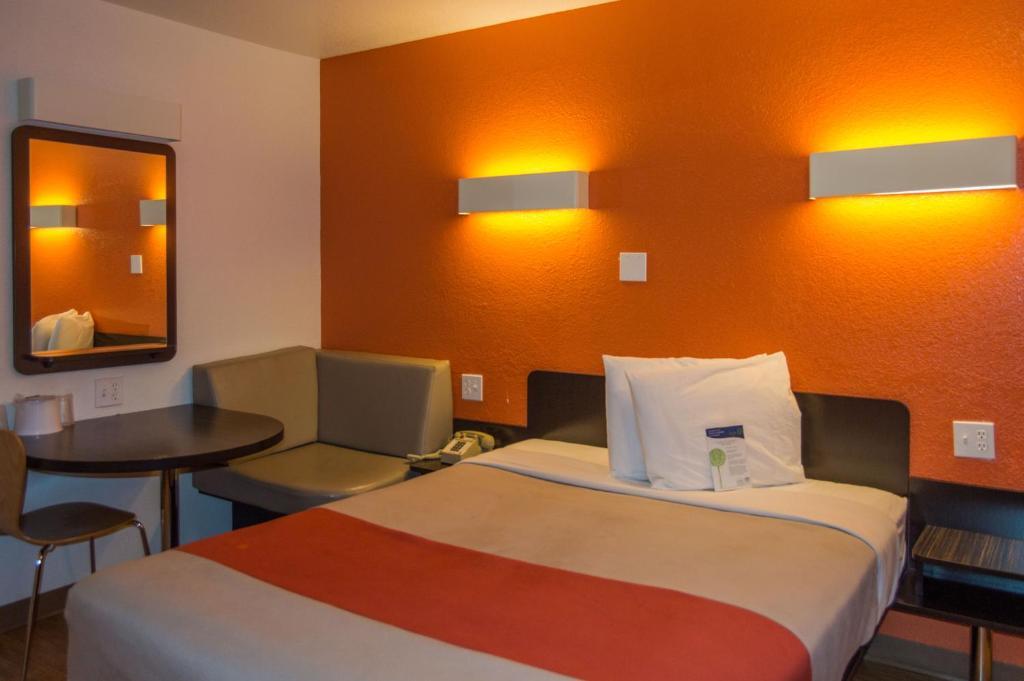 Motel 6 Ardmore
