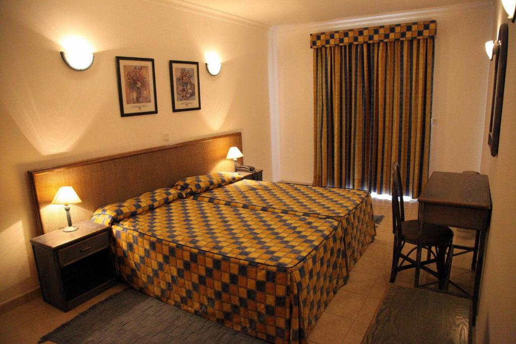 Apart hotel calema avenida jardim portugal monte gordo for Portugal appart hotel