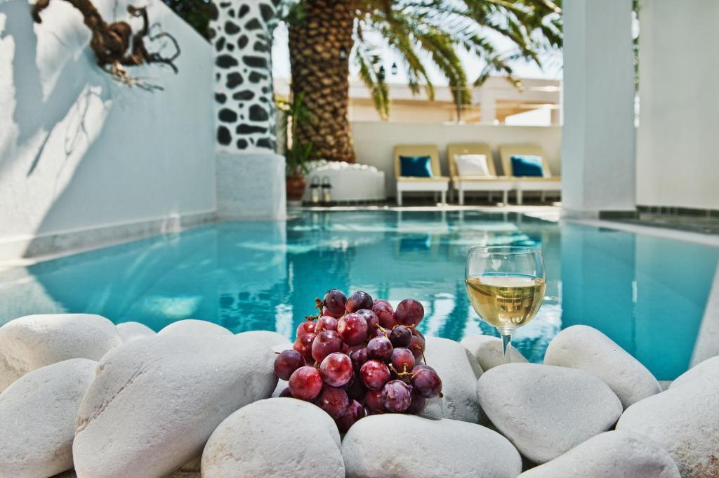 A piscina localizada em Galatia Villas ou nos arredores