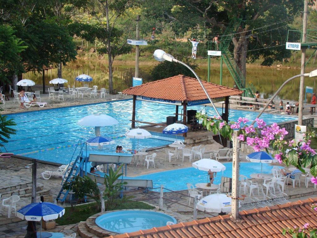 Fazenda hotel mestre d 39 armas brasil padre bernardo for Hotel pistolas