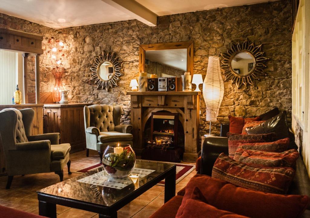 Newgrange Lodge