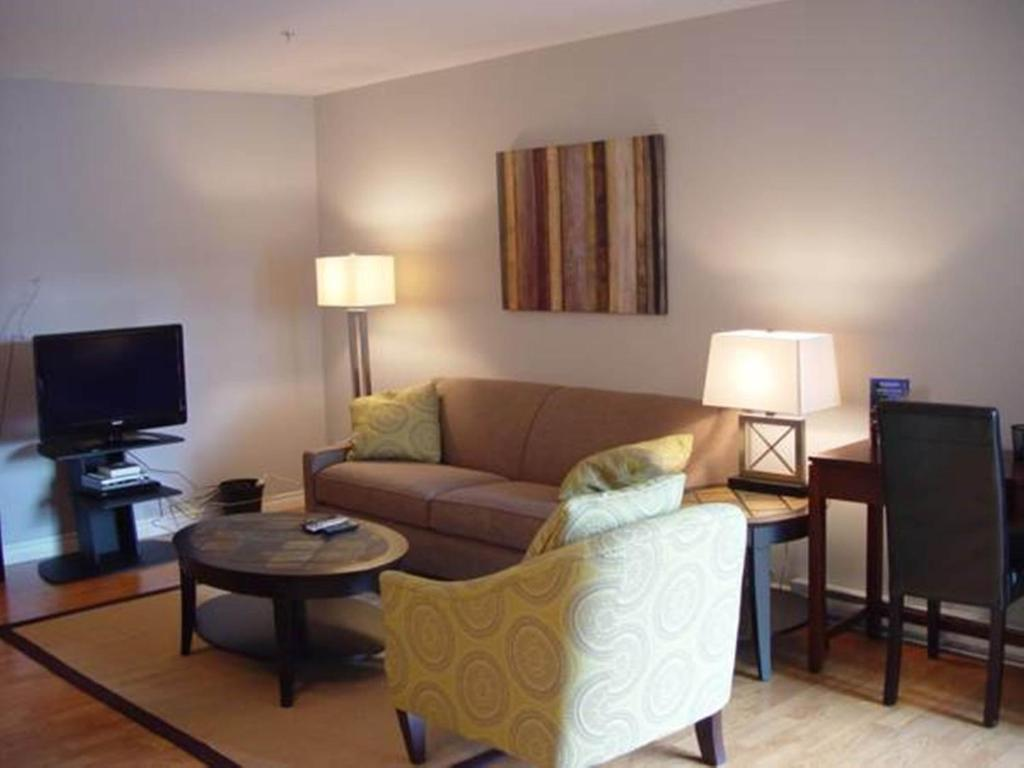 Best Deals For Apartment Premiere Suites Fredericton Canada Booking Com
