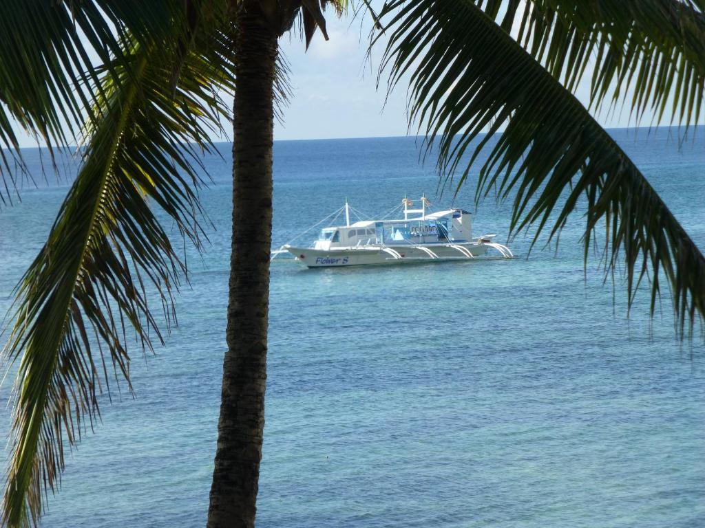 FloWer-Beach Resort