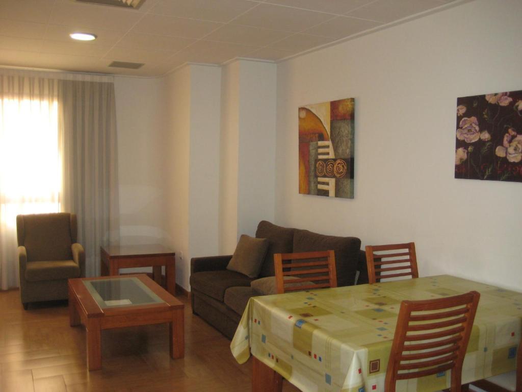 Hotel avenida valencia 17 espa a castell n de la plana - Hotel avenida del puerto valencia ...