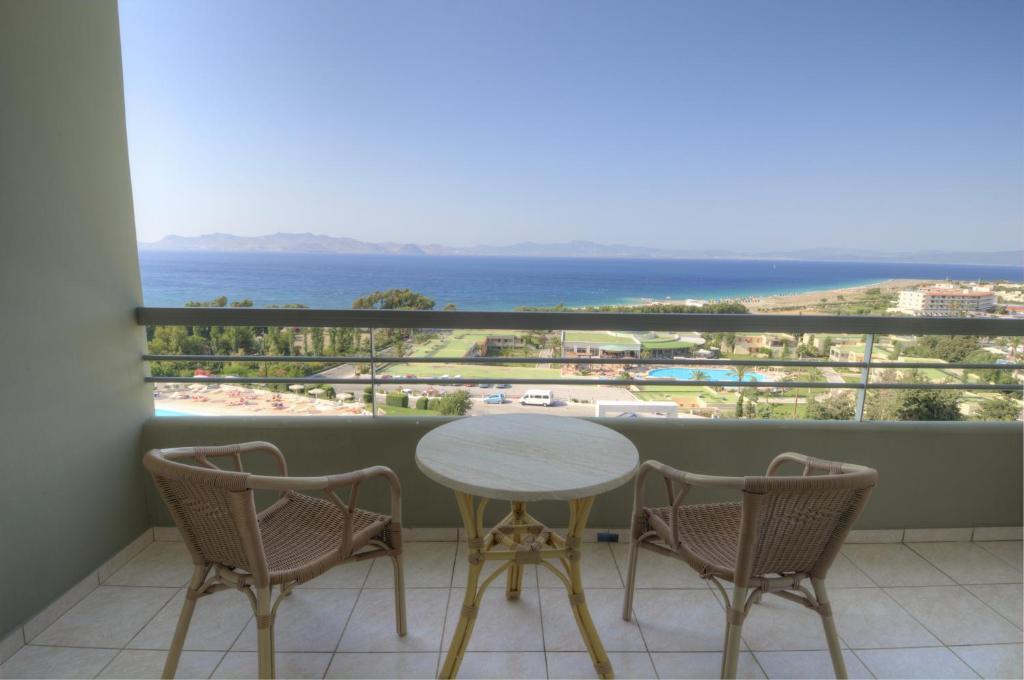 киприотис панорама отель и сьют кос вот чем