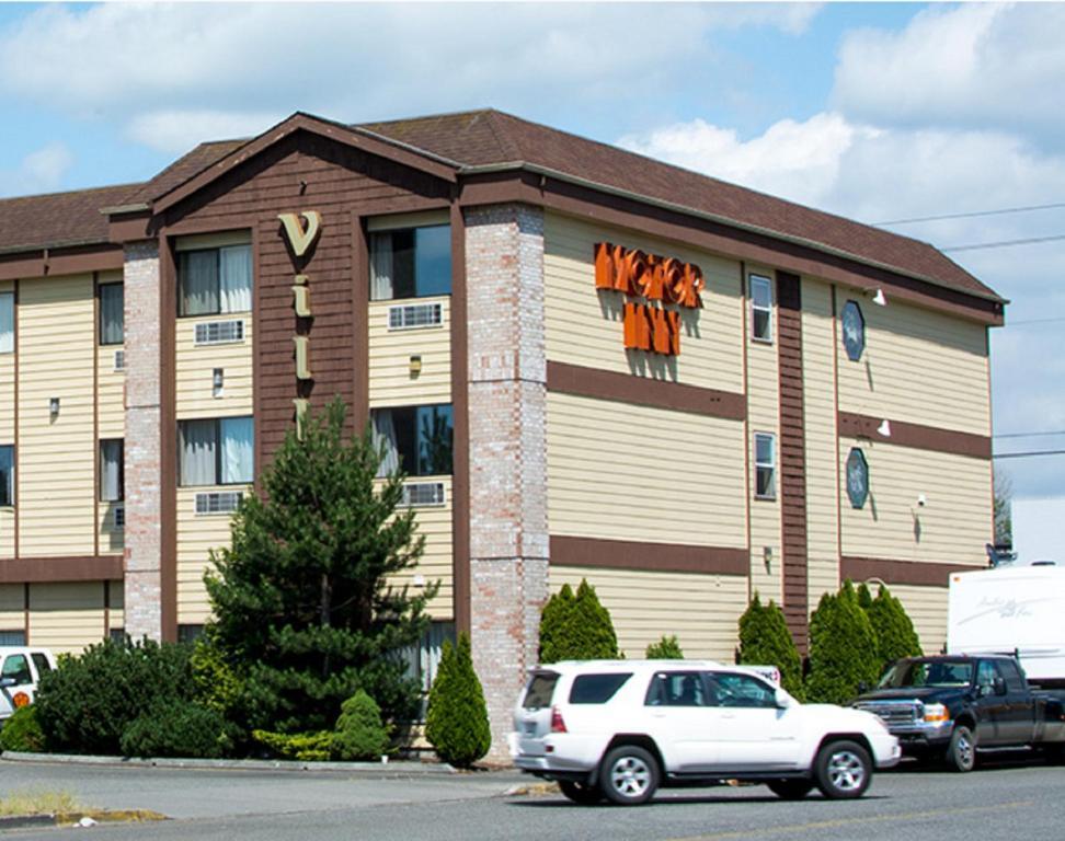Village Inn & Suites Marysville
