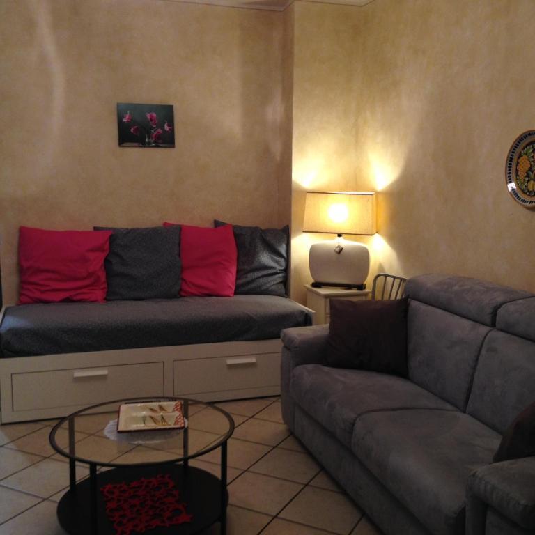 Apartment Reviews: Borgo San Lorenzo Apartment, Florence, Including Reviews