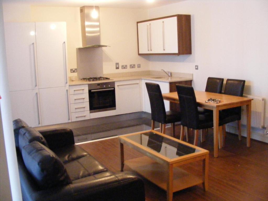 Apartment pavilion view dublin ireland for Appart hotel dublin