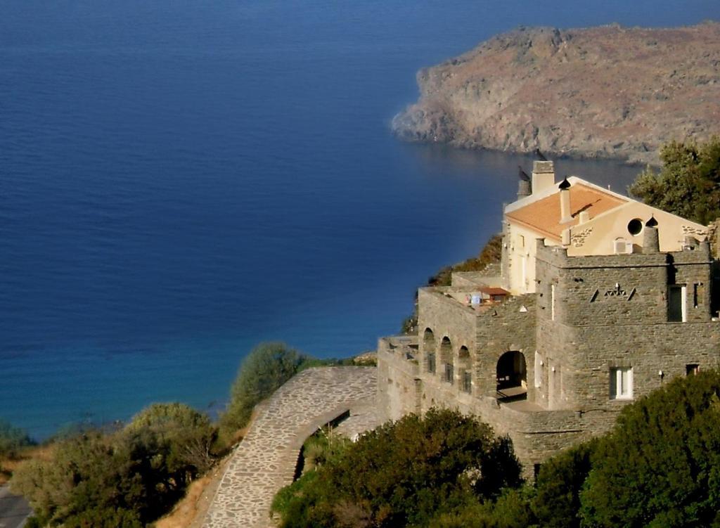 <div data-et-view=NAFQCDCcdXDPdFO:1</div Aegean Castle Boutique Hotel