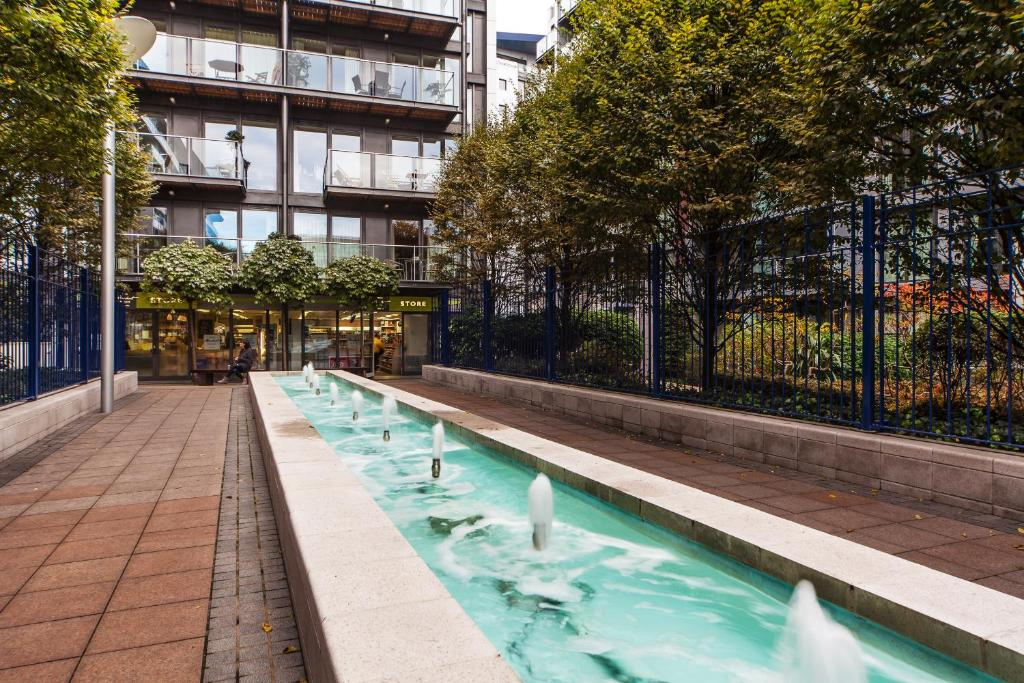 riverside apartment london uk booking com
