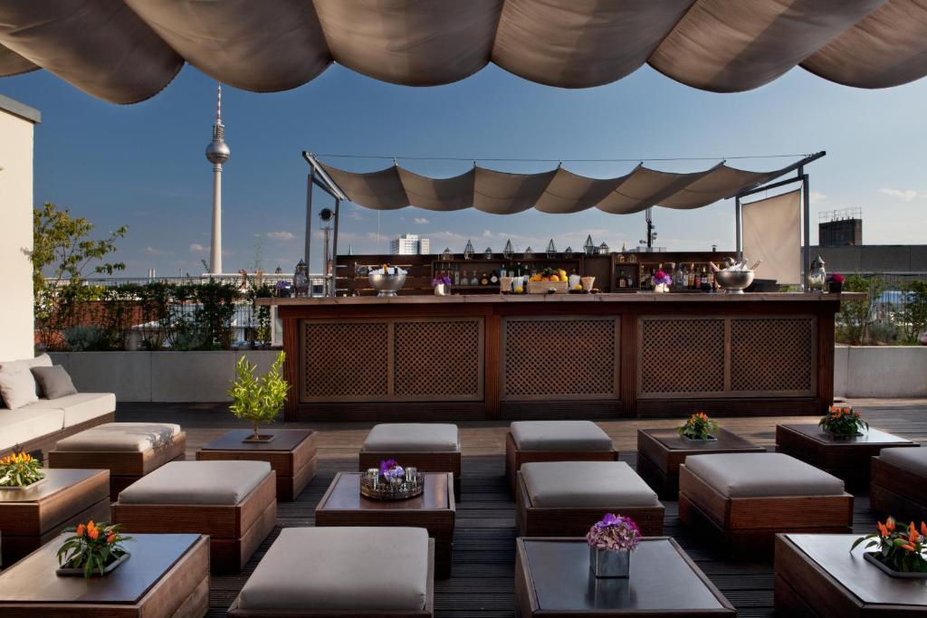 מסעדה או מקום אחר לאכול בו ב-Hotel AMANO