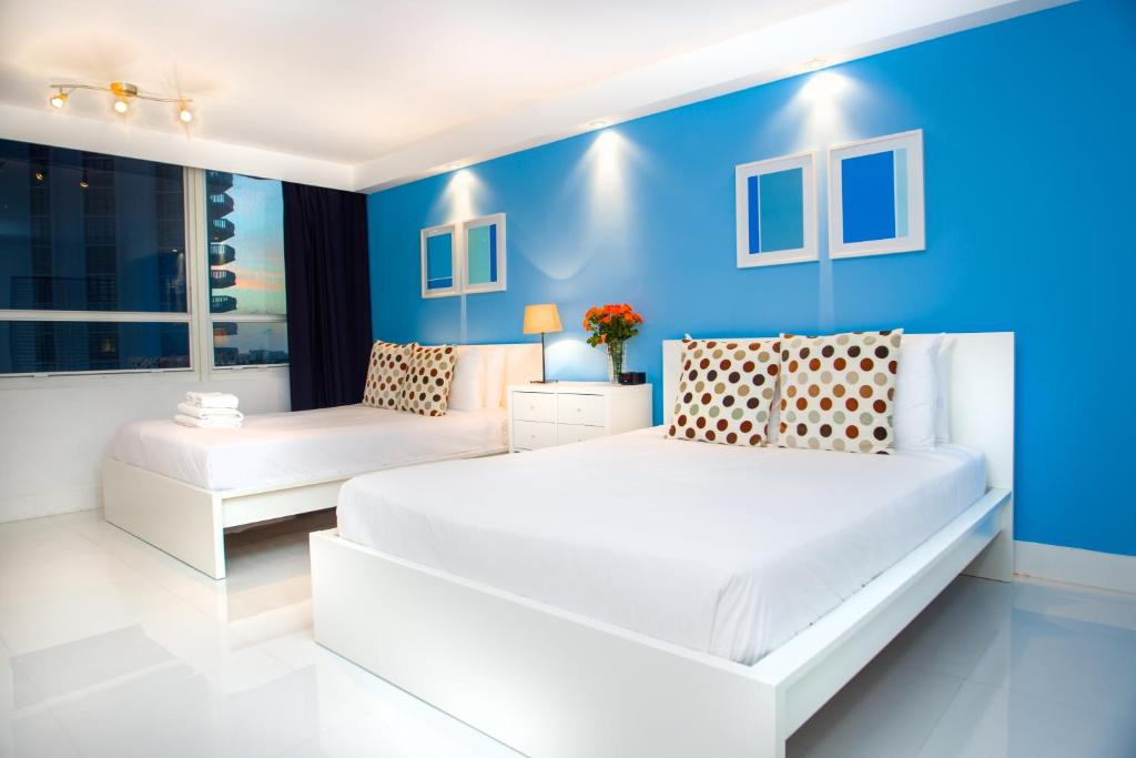 Condo hotel design suites miami beach fl for Booking design hotel