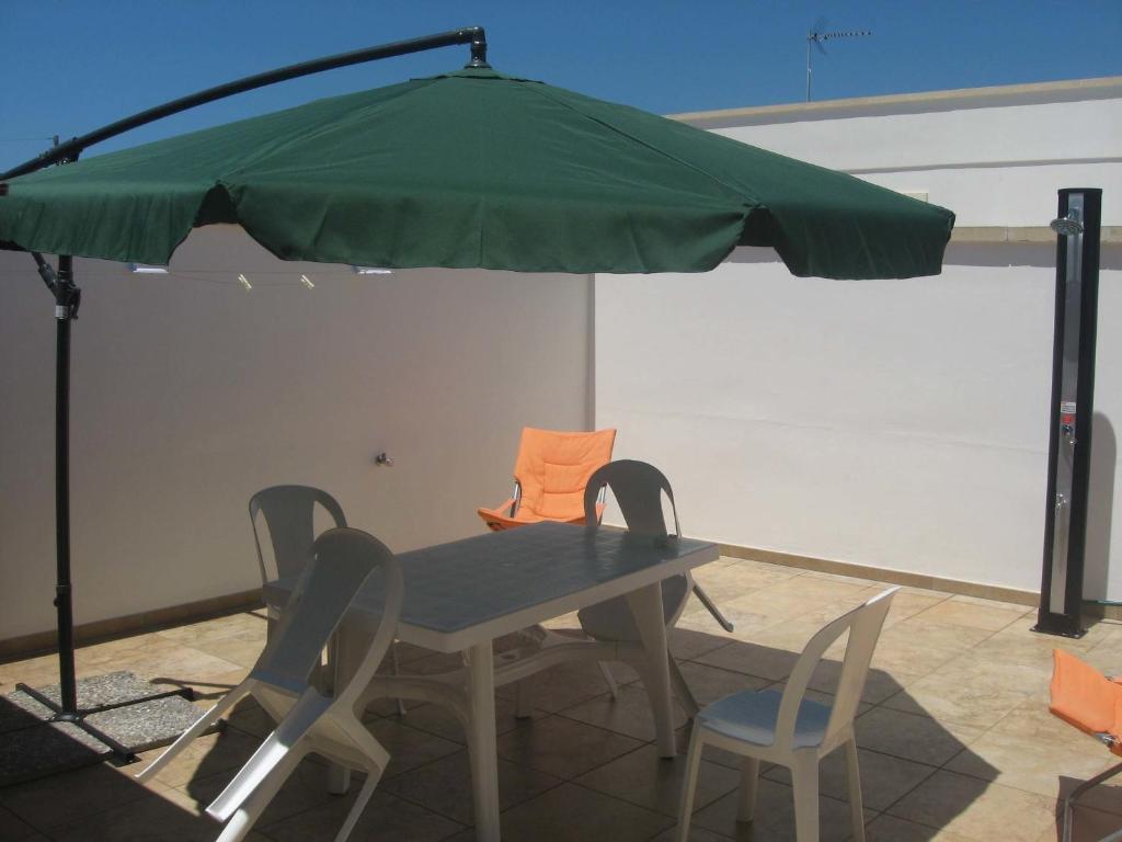 Casa vacanze villetta in stile mediterraneo italia marina for Case in stile mediterraneo