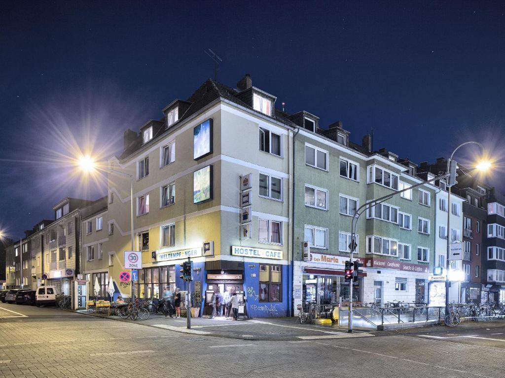 Weltempf 228 Nger Hostel Uk Hotels In European Hotels