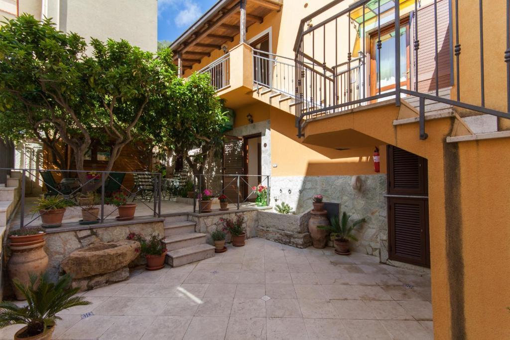 <div data-et-view=NAFQCDCcdXDPdFO:1</div Casa Vacanze S. Marco