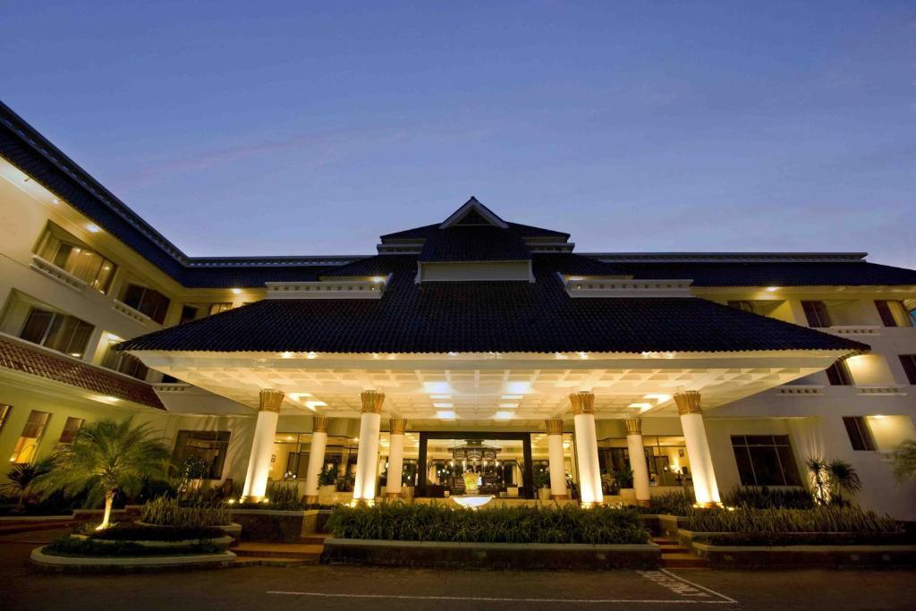 Hotel Santika Premiere Jogja Penginapan Murah Di Yogyakarta