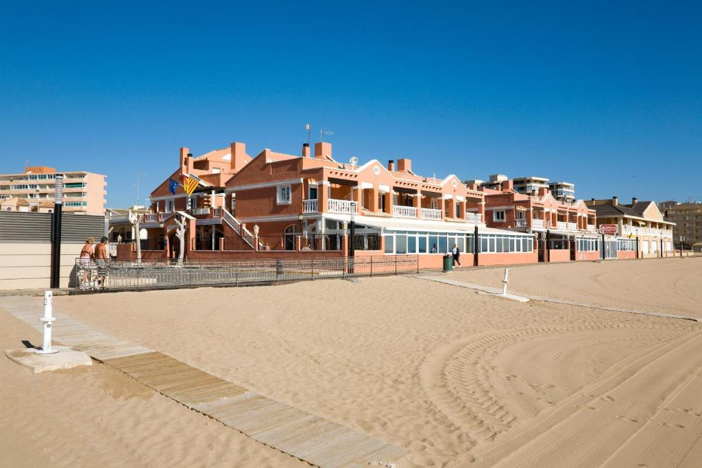 la mata singles La mata - property - weather - map - information - the seaside resort of la mata is located near torrevieja on the costa blanca, spain sale by owner la mata.
