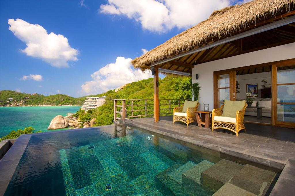 Cape shark villas ko tao thailand for Koh tao cabana koi pool villa