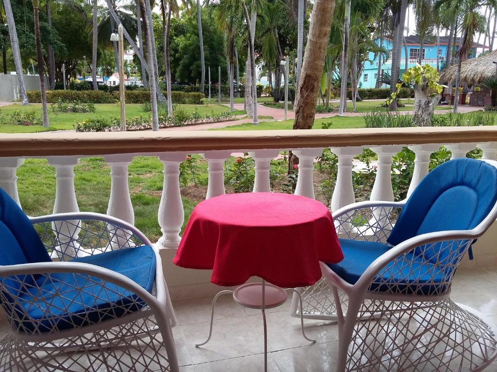 Un balcón o terraza en Hotel Cortecito Inn Bavaro
