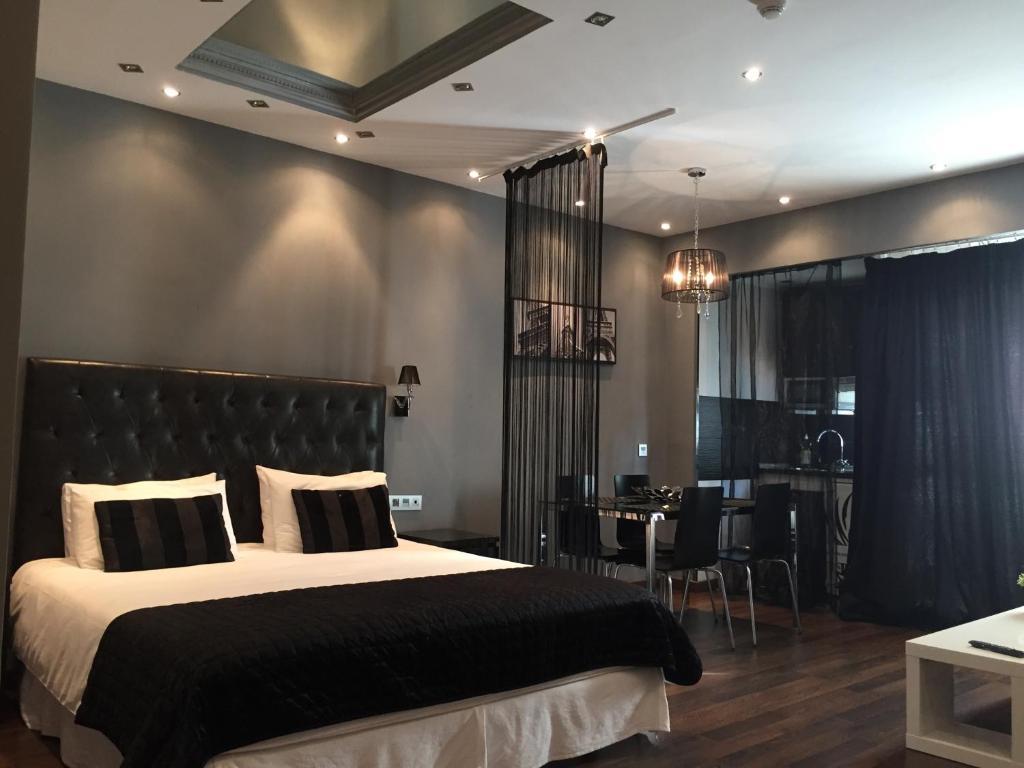 Apartamento hotel puerto banus espa a marbella - Hotel pyr puerto banus ...