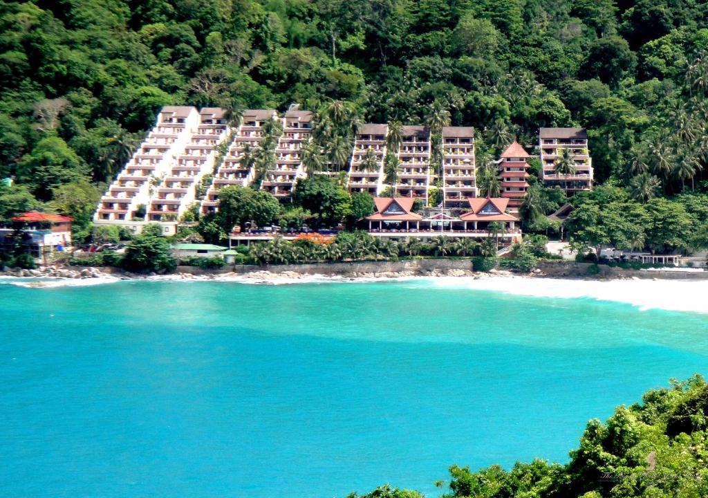 Royal Phuket Yacht Club Hotel