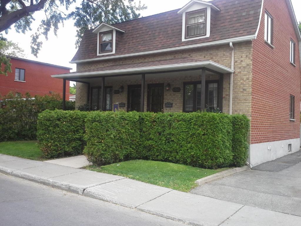 Apartamento maison aux pignons canad montreal - Canada maison close ...