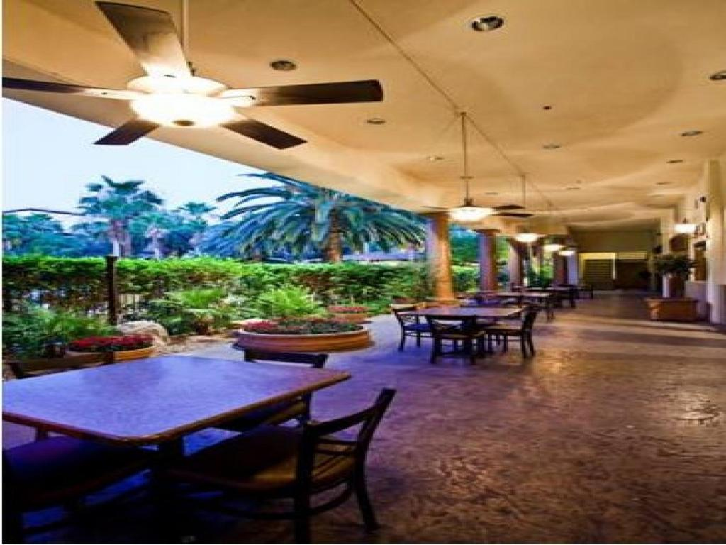 Best casino hotel suite tuscany western las vegas westward hotel casino