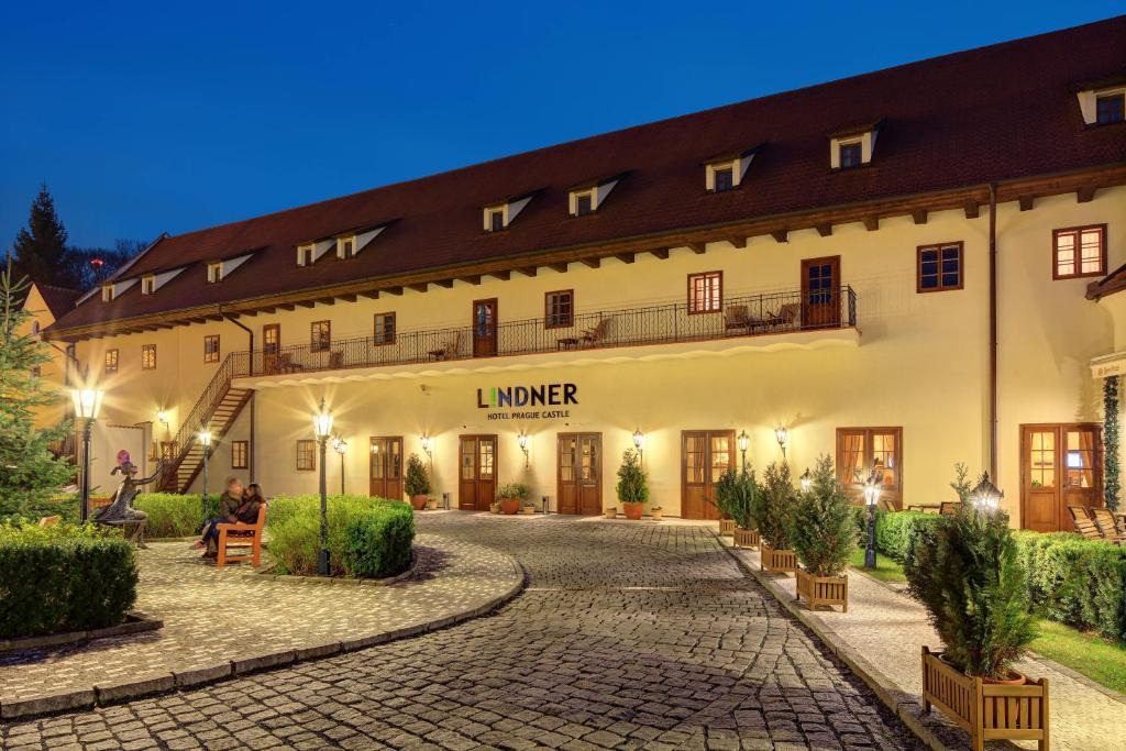 Lindner hotel prague castle 5 форум украшения