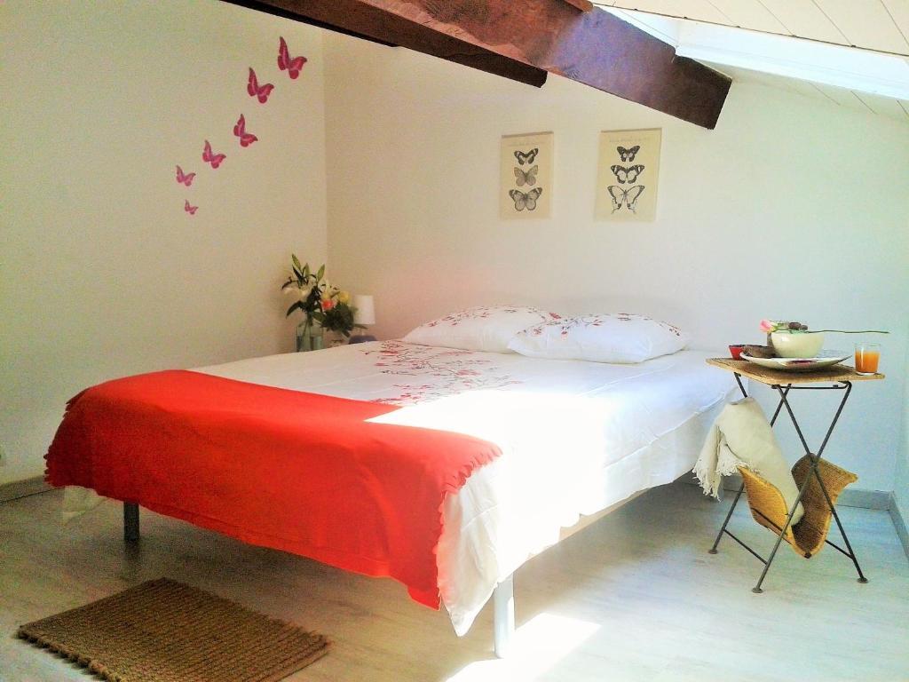 casa de vacaciones maison des canotiers francia avi n. Black Bedroom Furniture Sets. Home Design Ideas