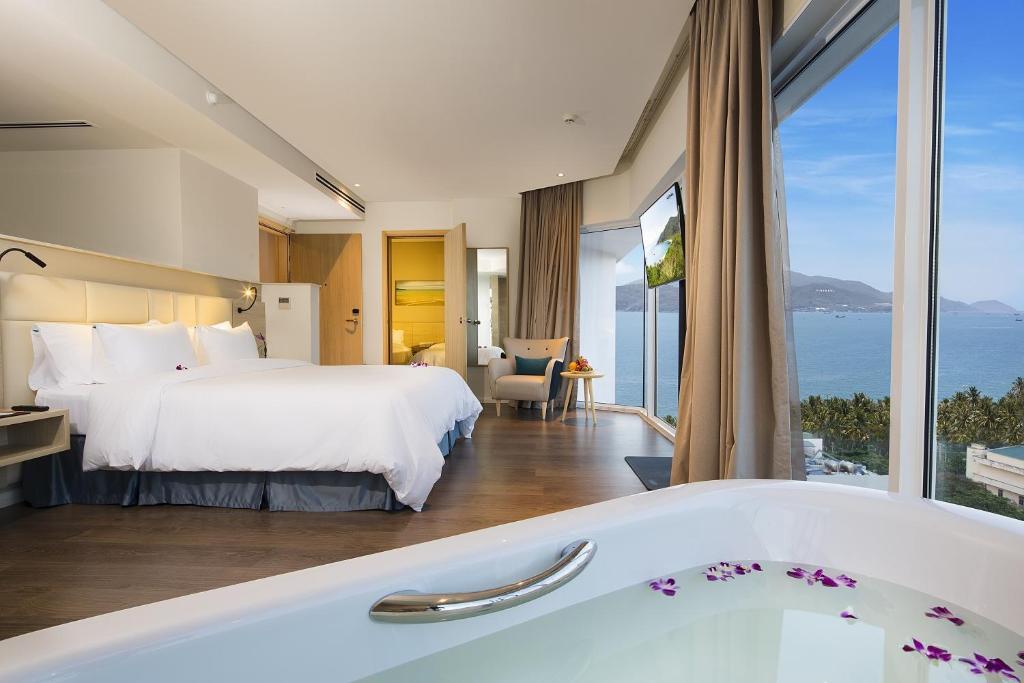 Kết quả hình ảnh cho Nha Trang khach sạn