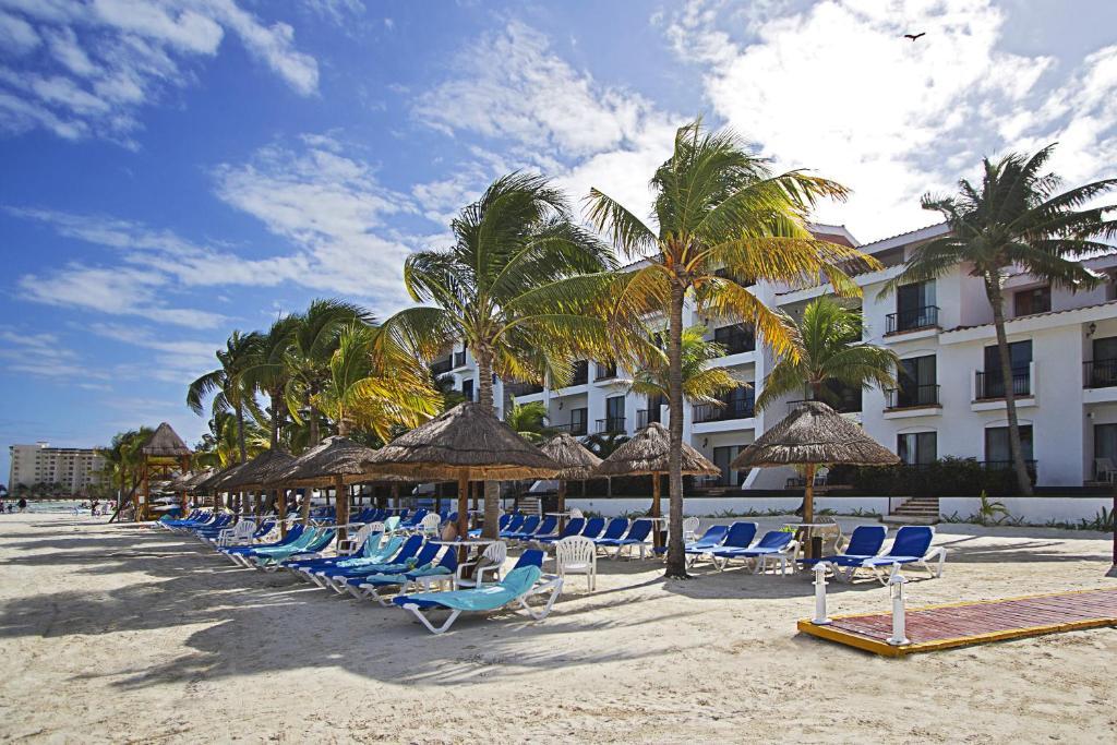 The villas at the royal cancun canc n mexico for Villas naha cancun