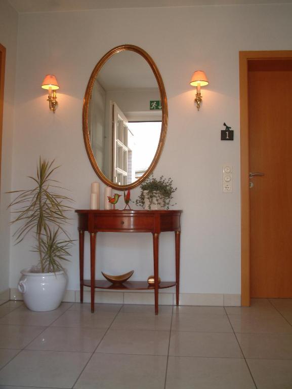 appartement rehn b sum deutschland b sum. Black Bedroom Furniture Sets. Home Design Ideas