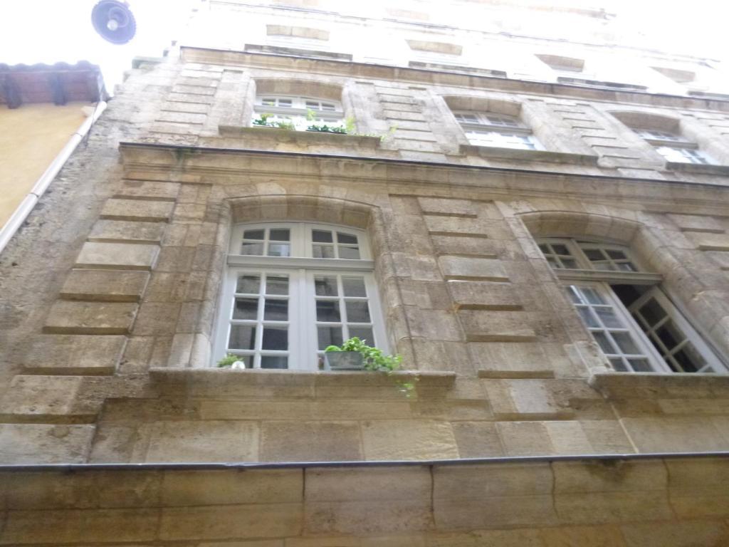 Appartement duplex rue du soleil bordeaux france for Appartement in bordeaux