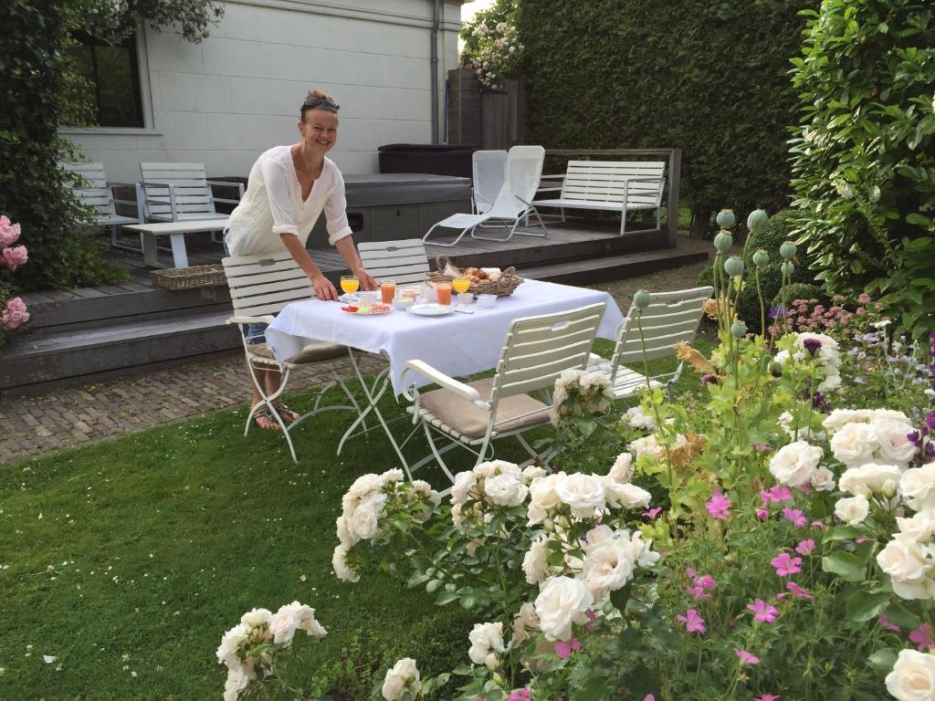 Bed & breakfast koetshuis de hulk (nederland hoorn)   booking.com