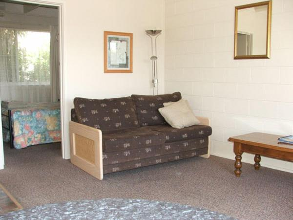 Inlet Views Lodge Motel