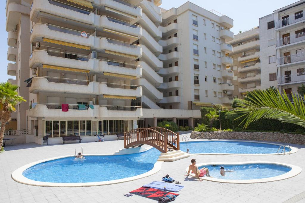 Suite Apartments Arquus, Salou, Spain - Booking.com