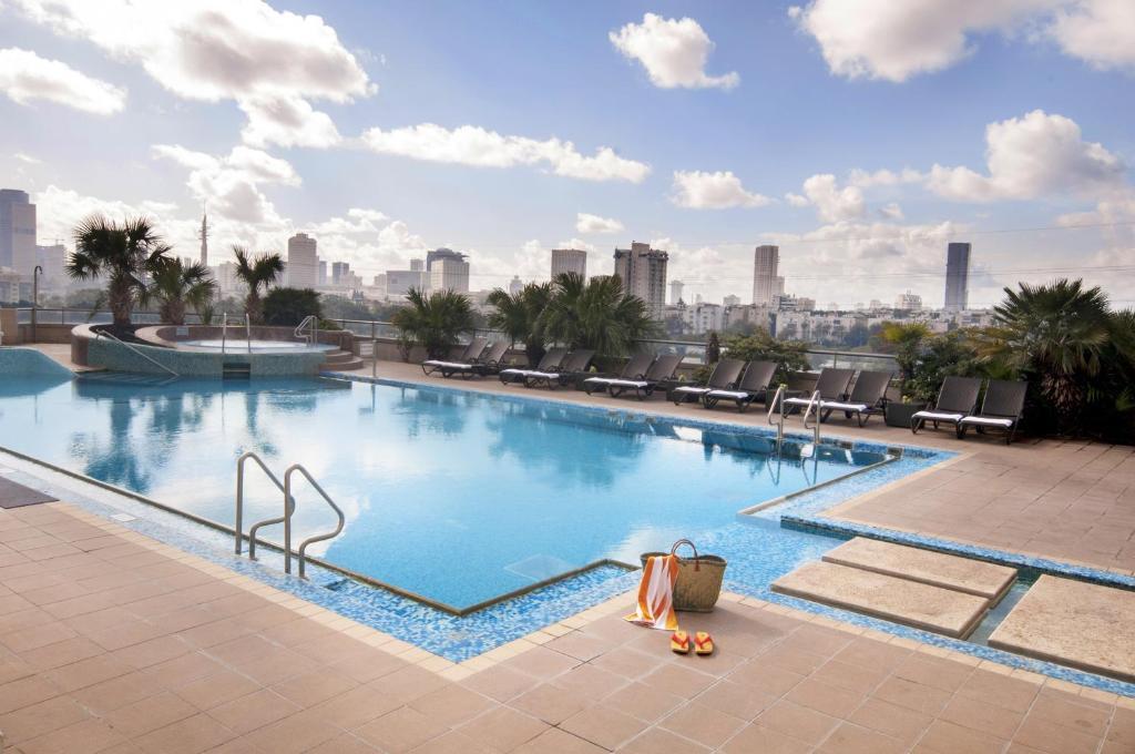 מלון לאונרדו סיטי טאואר