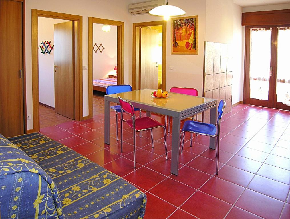 Appartamenti lira italia bibione for Appartamenti bibione
