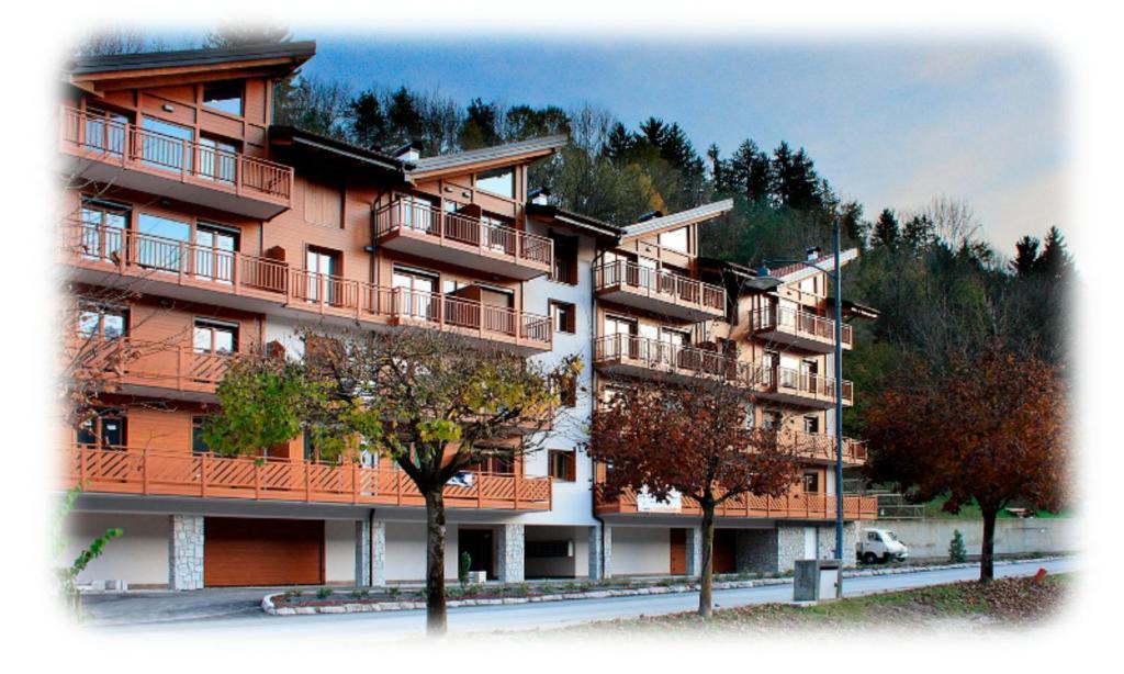Residenza finestra sul parco italia comano terme for Finestra termale