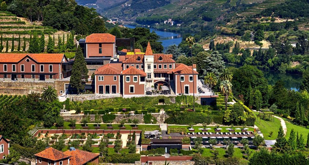 Uma vista aérea de Six Senses Douro Valley