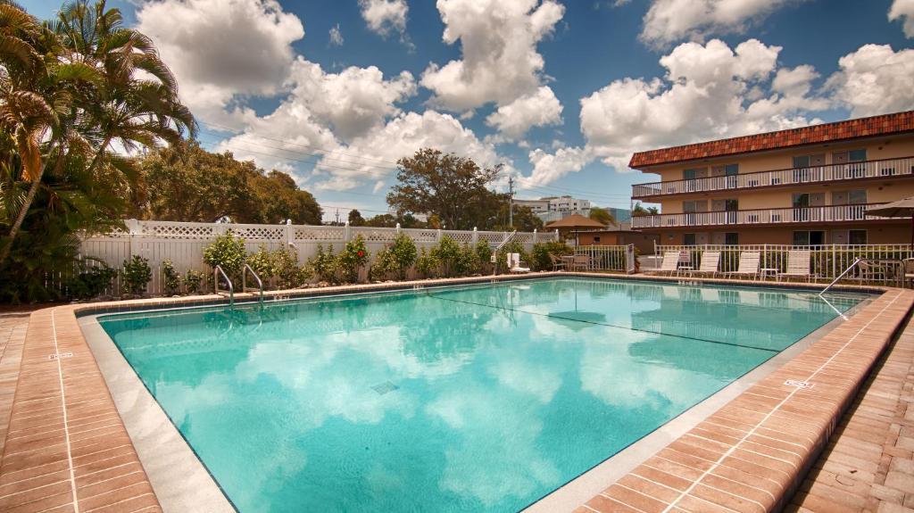 Best Western Sarasota Midtown Hotel