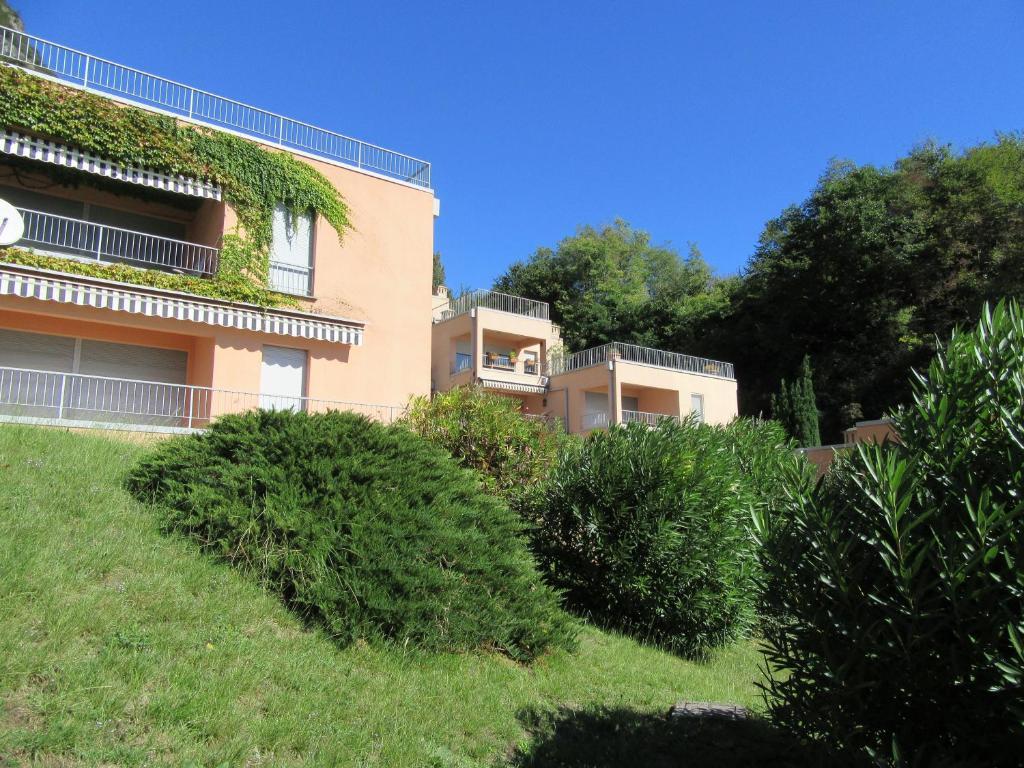 Apartment casa bella vista san siro italy for Casa bella